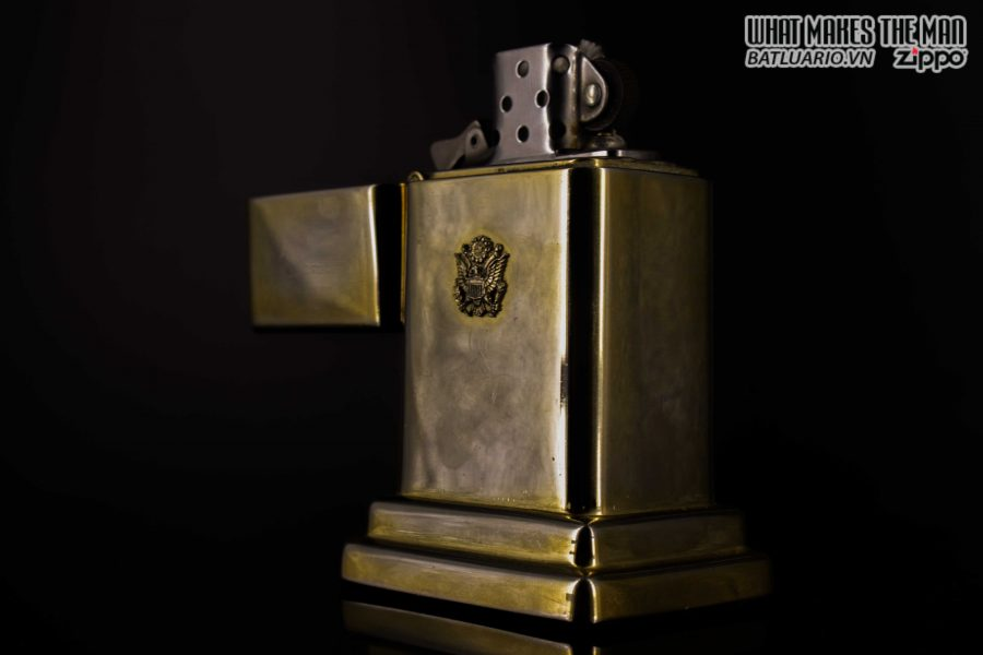 ZIPPO TABLE #4 - 1954 - 1979 - US ARMY - GOLD PLATE 17