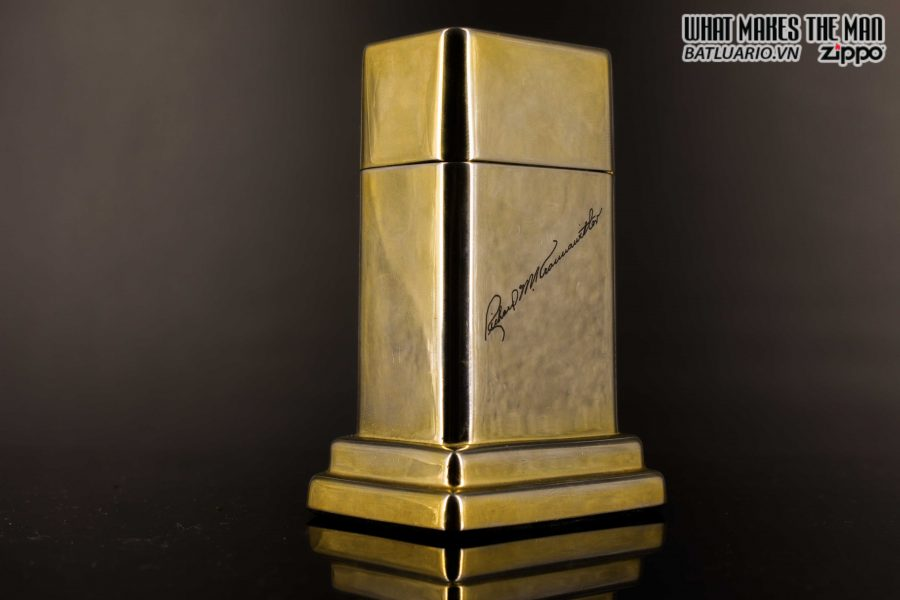 ZIPPO TABLE #4 - 1954 - 1979 - US ARMY - GOLD PLATE 20