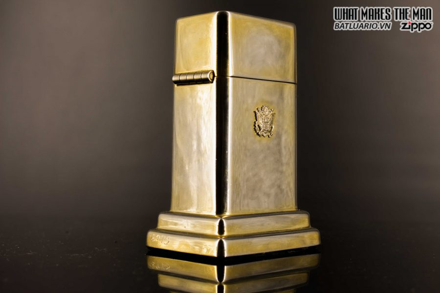 ZIPPO TABLE #4 - 1954 - 1979 - US ARMY - GOLD PLATE 22