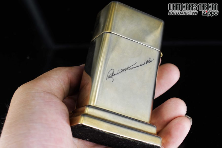 ZIPPO TABLE #4 - 1954 - 1979 - US ARMY - GOLD PLATE 6