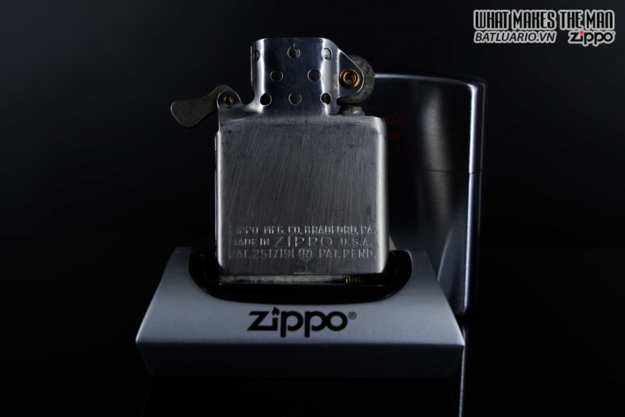 ZIPPO XƯA 1951 – 1952 – SLOOP – TOWN & COUNTRY 4