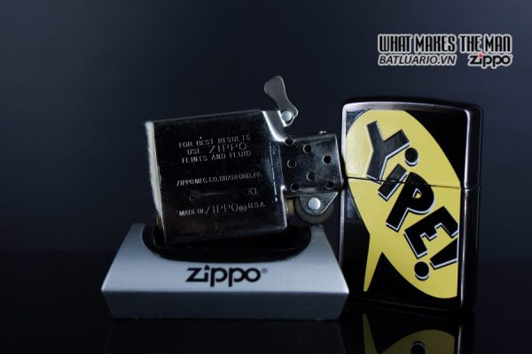 ZIPPO LA MÃ 1995 – BARRET SMYTHE MIDNIGHT COLECTION – YIPE! 3