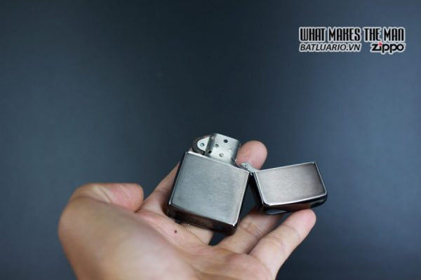 ZIPPO LA MÃ 1995 – BARRET SMYTHE MIDNIGHT COLECTION – YIPE! 4