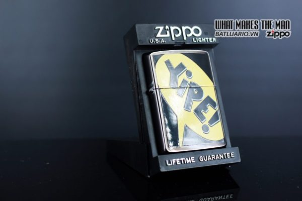 ZIPPO LA MÃ 1995 – BARRET SMYTHE MIDNIGHT COLECTION – YIPE! 9