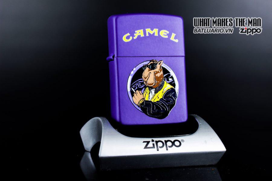 ZIPPO LA MÃ 1997 - CAMEL - MATTE
