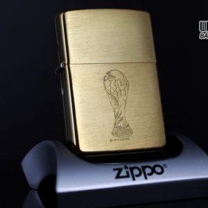 ZIPPO LA MÃ 1997 – FRANCE 98 – BRUSHED BRASS
