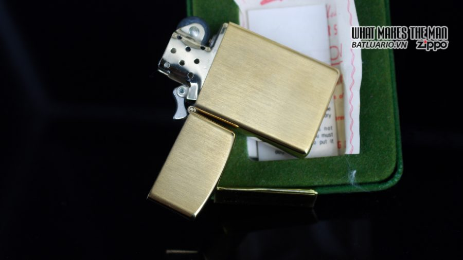 ZIPPO SLIM 1970S – 10K GOLD FILLED 10