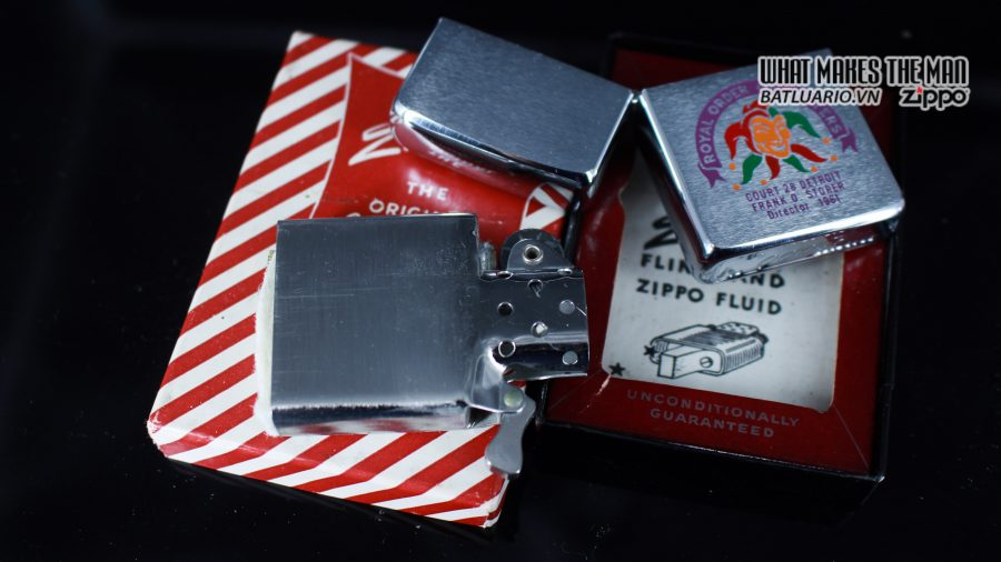 ZIPPO XƯA 1960 – 1961 – ROYAL ORDER OF JESTERS 2