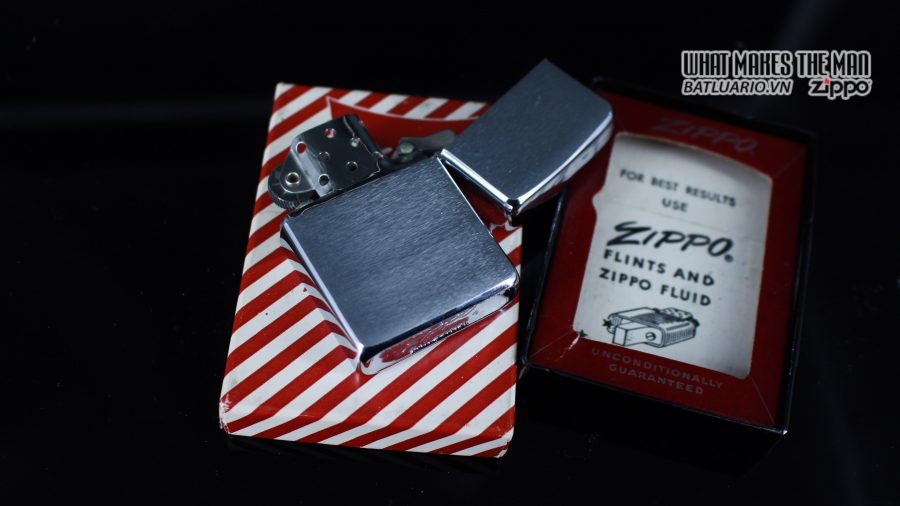 ZIPPO XƯA 1960 – 1961 – ROYAL ORDER OF JESTERS 4