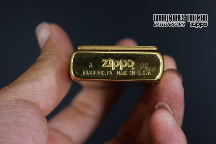 ZIPPO 2002 - YELLOW JOURNEY - HIGH POLISH BRASS