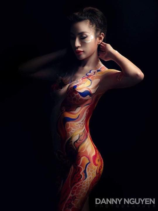 HOT GIRL Body Painting: Danny Nguyen