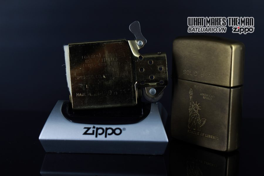ZIPPO 1932-1990 – STATUE OF LIBERTY 3