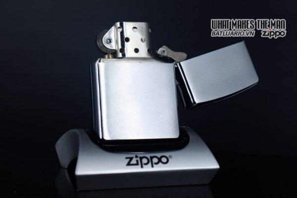 ZIPPO 2004 – ZIPPO NATIVE DANCER 5