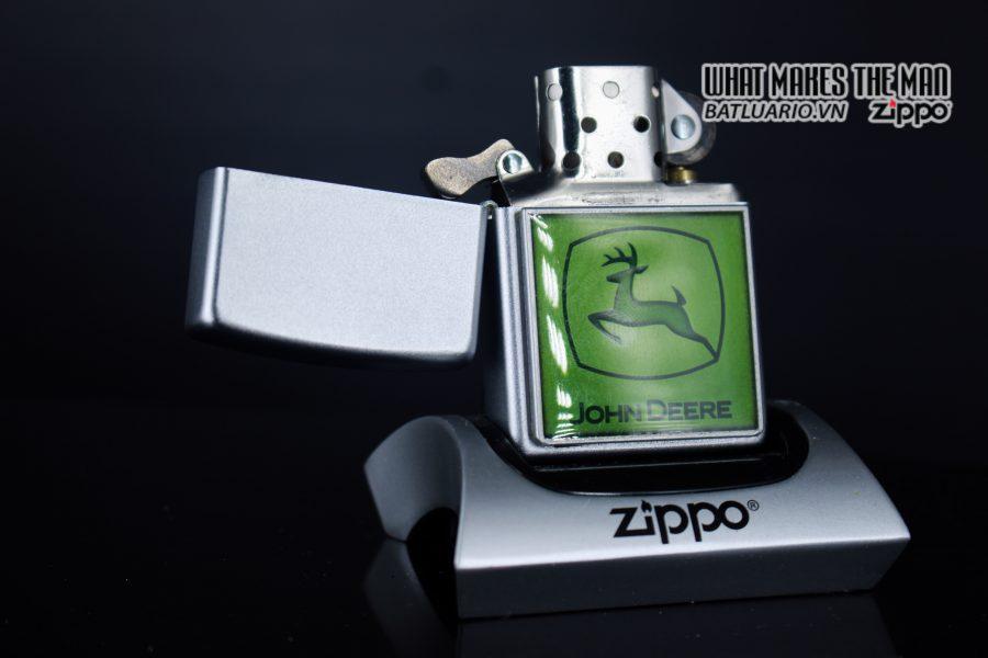 ZIPPO 2006 - ZIPPO JOHN DEERE EMBLEM 5