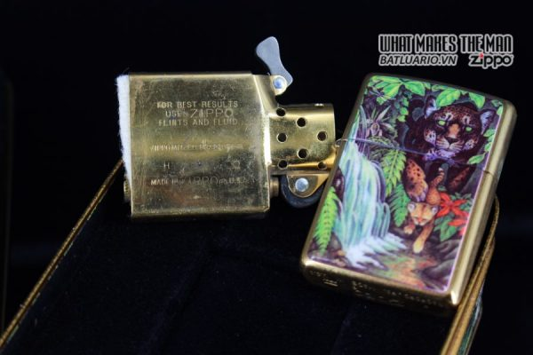 ZIPPO COTY 1995 – FOREST – BẢN PHỤ 7