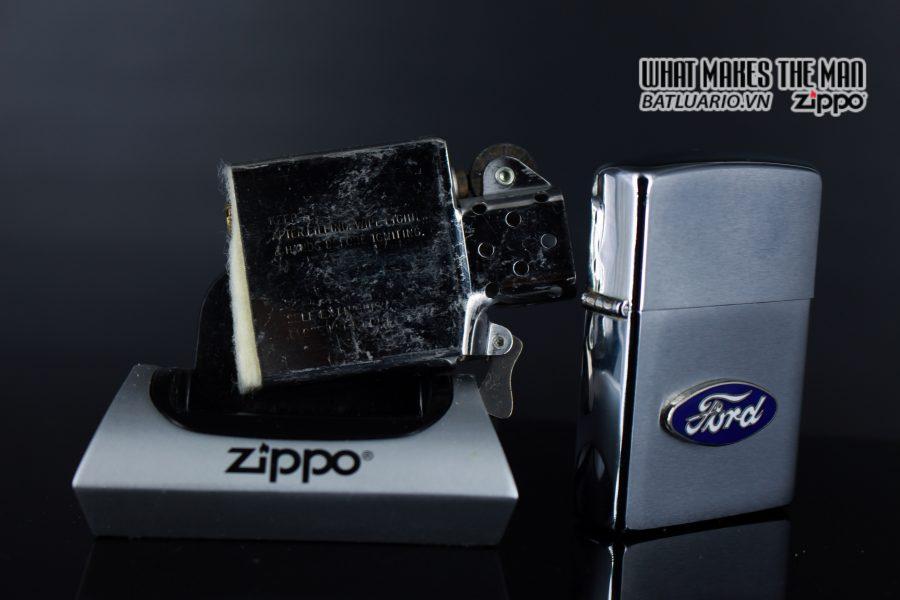 ZIPPO LA MÃ 1990 – FORD 2