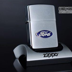 ZIPPO LA MÃ 1990 – FORD