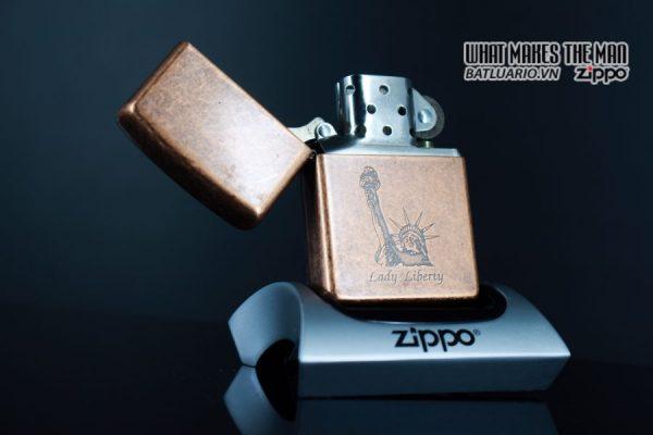 ZIPPO LA MÃ 1996 – ANTIQUE COPPER – LIBERTY 1
