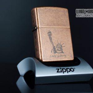 ZIPPO LA MÃ 1996 – ANTIQUE COPPER – LIBERTY