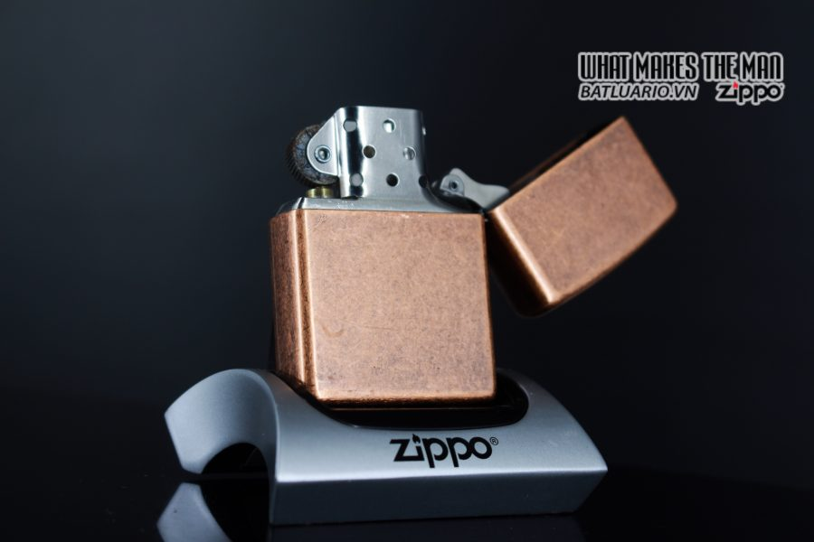 ZIPPO LA MÃ 1996 – ANTIQUE COPPER – LIBERTY 7