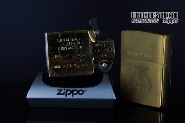 ZIPPO LA MÃ 1997 – HMS INVINCIBLE 2