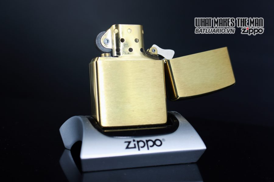 ZIPPO LA MÃ 1997 – JEEP – THERE'S ONLY ONE 2