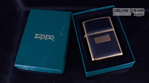 ZIPPO LA MÃ 1997 – ZIPPO ULTRALITE BLACK – GOLD PLATE 1