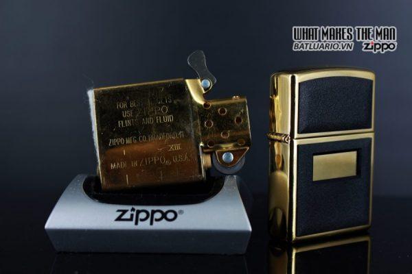 ZIPPO LA MÃ 1997 – ZIPPO ULTRALITE BLACK – GOLD PLATE 2