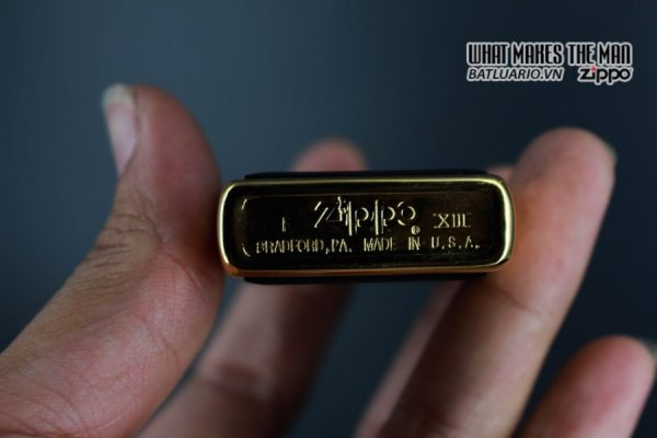 ZIPPO LA MÃ 1997 – ZIPPO ULTRALITE BLACK – GOLD PLATE 3