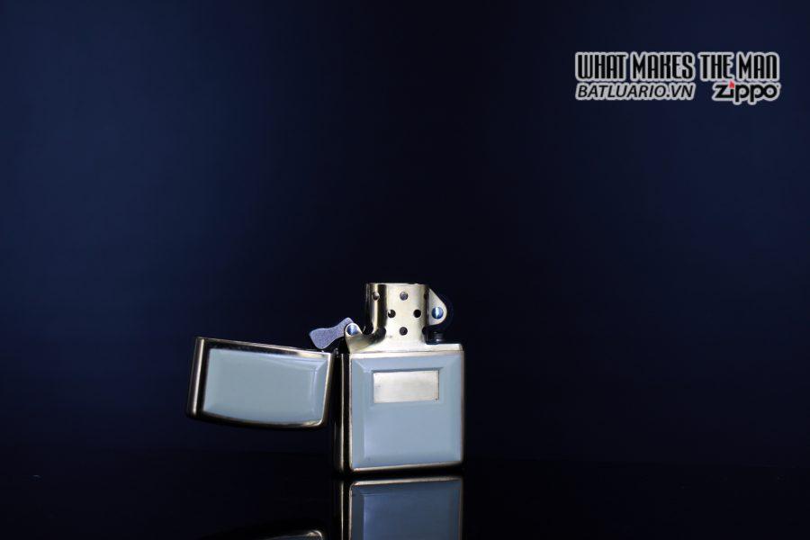 ZIPPO LA MÃ 1999 – ZIPPO ULTRALITE WHITE 5