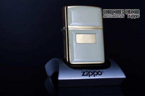 ZIPPO LA MÃ 1999 – ZIPPO ULTRALITE WHITE