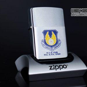 ZIPPO XƯA 1972 – N.C.O. CLUB HILL AIR FORCE BASE UTAH
