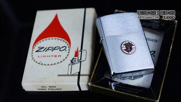 ZIPPO XƯA 1973 – K OF C – KNIGHTS OF COLUMBUS 9