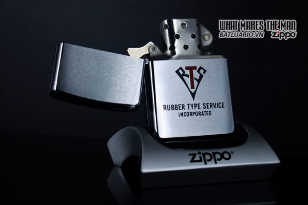 ZIPPO XƯA 1980 – RUBBER TYPE SERVICE INCORPORATED 1