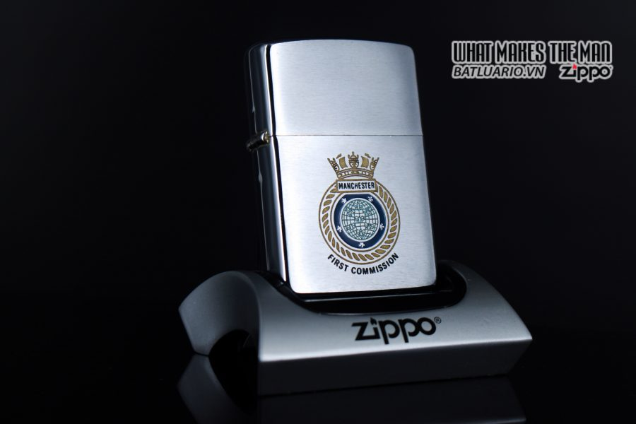 ZIPPO XƯA 1982 – MANCHESTER FIRST COMMISSION