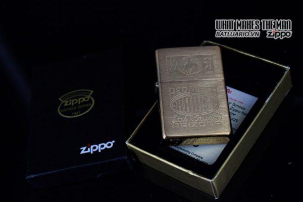 ZIPPO 2001 – ZIPPO RED MESA RODEO MARLBORO LAS CRUZA ARIZONA 11