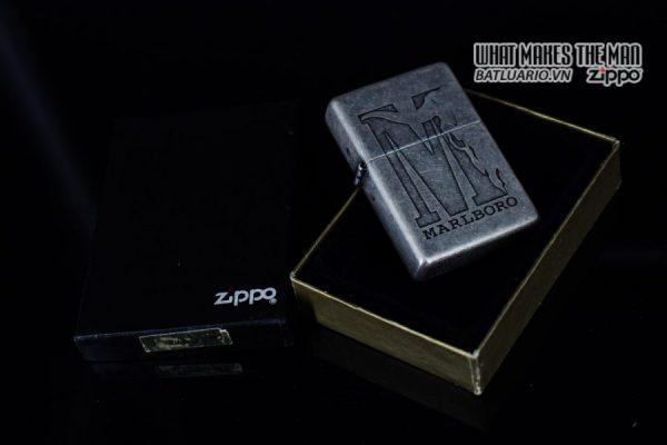 ZIPPO 2002 – MARLBORO BIG M – ANTIQUE SILVER 11