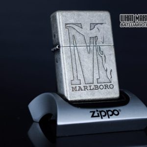 ZIPPO 2002 – MARLBORO BIG M – ANTIQUE SILVER