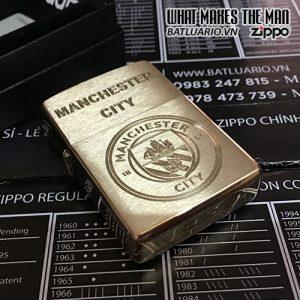 ZIPPO 204B KHẮC LOGO MANCHESTER CITY – ZIPPO 204B.MANCITY