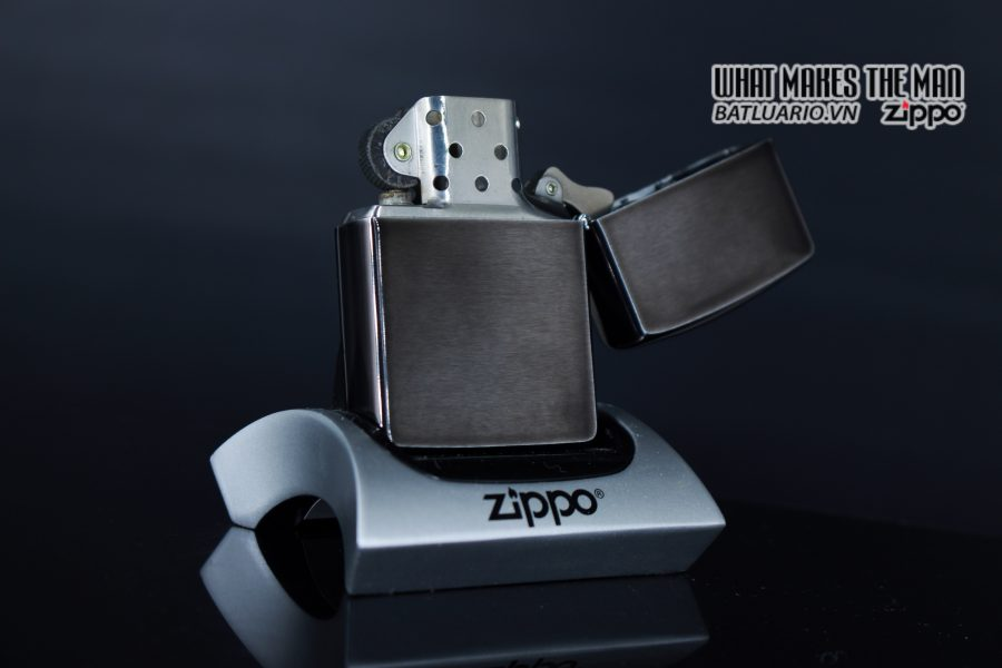ZIPPO LA MÃ 1992 – BARRET SMYTHE MIDNIGHT COLECTION – ART DECO 3