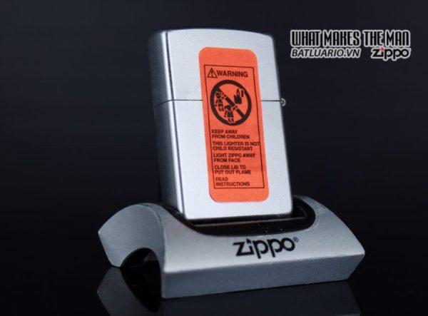 ZIPPO LA MÃ 1999 – SKATEBOARDING SKATEBOARDER PULLIN TRIX – SPORTS SERIES 5
