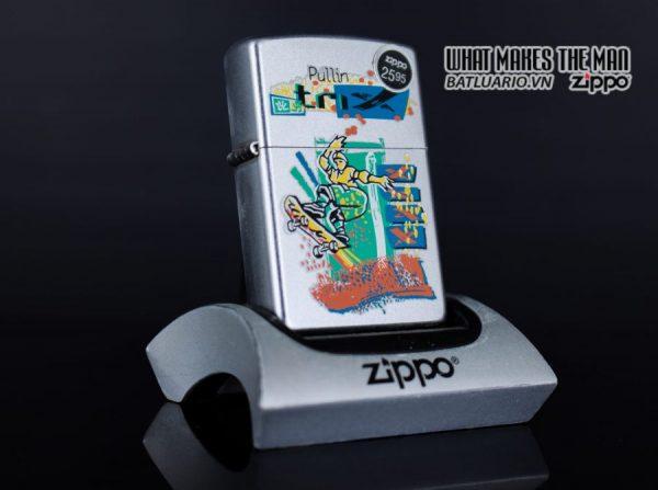 ZIPPO LA MÃ 1999 – SKATEBOARDING SKATEBOARDER PULLIN TRIX – SPORTS SERIES
