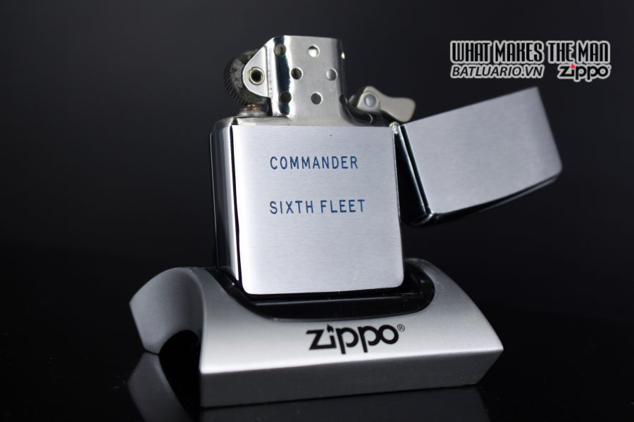 ZIPPO XƯA 1961 – ADMIRAL COMMANDER U.S. NAVY SIXTH FLEET PRESATION 5