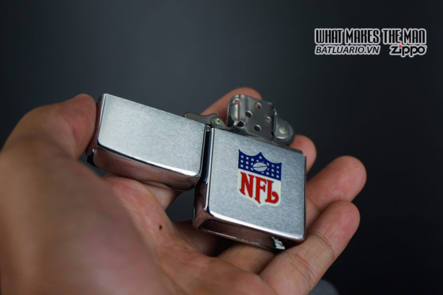 ZIPPO XƯA 1974 – NFL 7