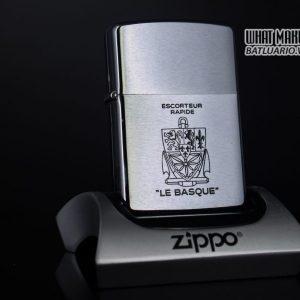 ZIPPO XƯA 1979 – ESCORTEUR RAPIDE LE BASQUE