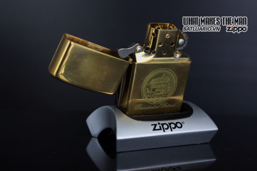 ZIPPO 2002 – CAMP DAVID 6
