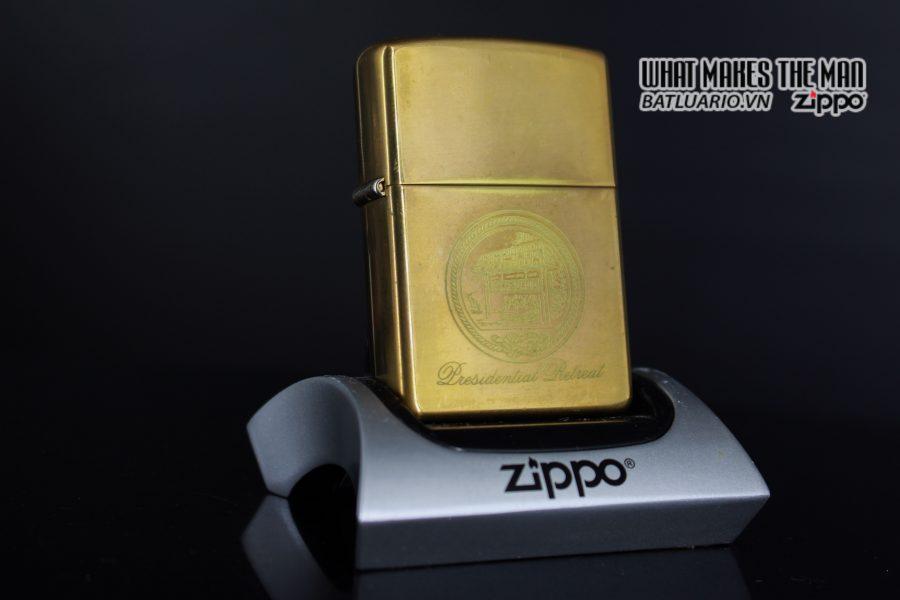 ZIPPO 2002 – CAMP DAVID