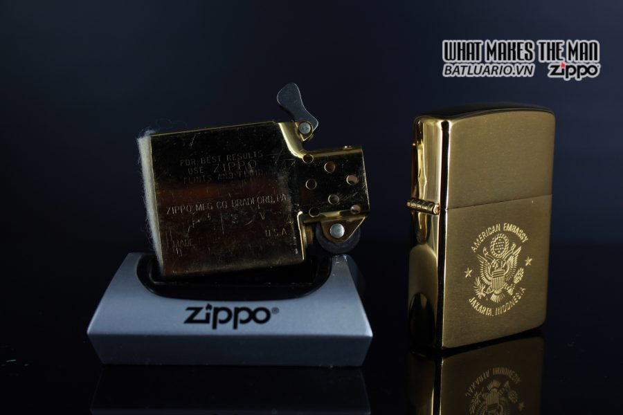 ZIPPO LA MÃ 1989 – GOLD PLATE – AMERICAN EMBASSY JAKARTA INDONESIA 3