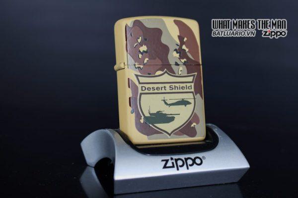 ZIPPO LA MÃ 1990 – CAMO – DESERT SHIELD