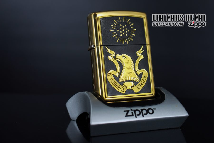 ZIPPO LA MÃ 1998 – TOLEDO SERIES EAGLE